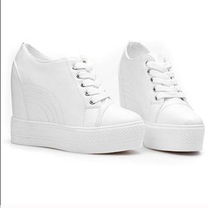 NEW 🎀 Wedges Sneakers for Women White🎀